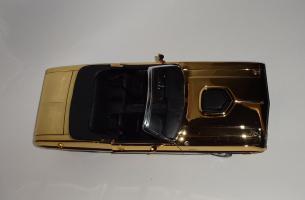 Прикрепленное изображение: Dodge Challenger 426 Hemi Convertible Gold (11).JPG