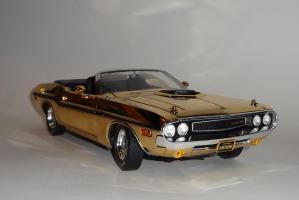Прикрепленное изображение: Dodge Challenger 426 Hemi Convertible Gold (3).JPG