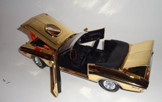Прикрепленное изображение: Dodge Challenger 426 Hemi Convertible Gold (20).JPG