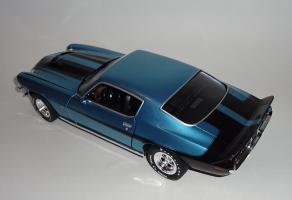 Прикрепленное изображение: Chevrolet Camaro Z28 454 Baldwin motion 1971 Ascot blue - Ertl (10).JPG