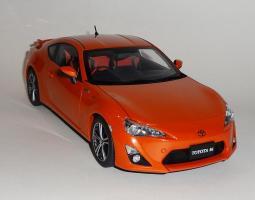 Прикрепленное изображение: GT86 Orange (4).JPG