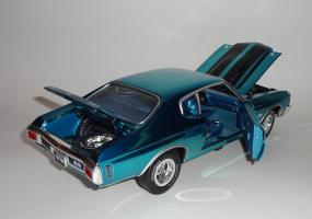 Прикрепленное изображение: Chevrolet Chevelle 396 SS 1970 Blue chrome - Ertl (15).JPG
