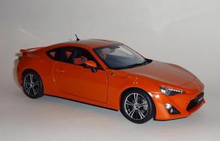 Прикрепленное изображение: GT86 Orange (5).JPG