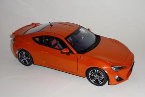 Прикрепленное изображение: GT86 Orange (6).JPG
