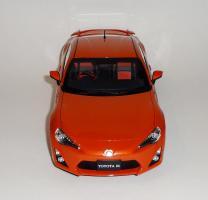 Прикрепленное изображение: GT86 Orange (1).JPG