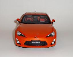 Прикрепленное изображение: GT86 Orange (2).JPG
