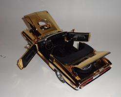 Прикрепленное изображение: Dodge Challenger 426 Hemi Convertible Gold (19).JPG