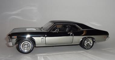 Прикрепленное изображение: Chevrolet Nova SS 396 Coupe 1969 Grey chrome – Ertl (4).JPG