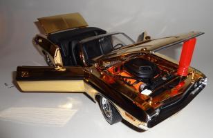 Прикрепленное изображение: Dodge Challenger 426 Hemi Convertible Gold (16).JPG