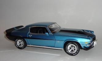 Прикрепленное изображение: Chevrolet Camaro Z28 454 Baldwin motion 1971 Ascot blue - Ertl (6).JPG