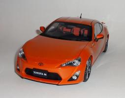 Прикрепленное изображение: GT86 Orange.JPG