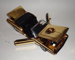 Прикрепленное изображение: Dodge Challenger 426 Hemi Convertible Gold (17).JPG