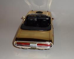 Прикрепленное изображение: Dodge Challenger 426 Hemi Convertible Gold (14).JPG