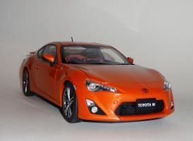 Прикрепленное изображение: GT86 Orange (3).JPG