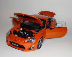 Прикрепленное изображение: GT86 Orange (16).JPG