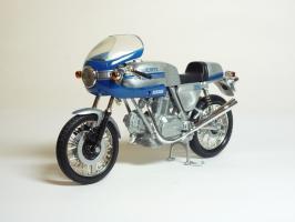 Прикрепленное изображение: Ducati 900 SS \'1977 (Solido) 2.JPG