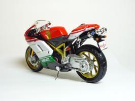 Прикрепленное изображение: Ducati 1098 S \'2007 (Maisto) 6.JPG
