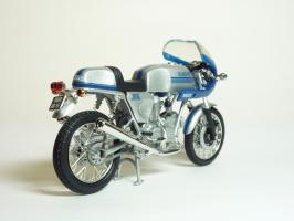 Прикрепленное изображение: Ducati 900 SS \'1977 (Solido) 5.JPG