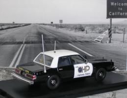 Прикрепленное изображение: Dodge Diplomat CHP 2 P1010155.JPG