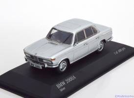 Прикрепленное изображение: BMW-2000A-Minichamps-437-023000-0.jpg