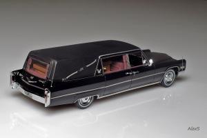 Прикрепленное изображение: Cadillac S&S Hearse 1966 NEO 43896 2.jpg