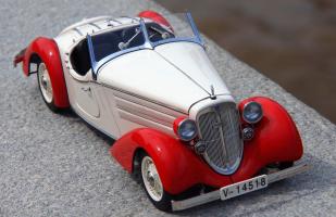 Прикрепленное изображение: Audi Front 225 Roadster 1935 (11).png