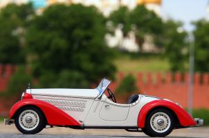 Прикрепленное изображение: Audi Front 225 Roadster 1935 (3).png