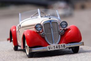 Прикрепленное изображение: Audi Front 225 Roadster 1935 (9).png