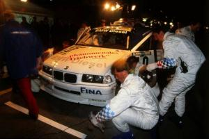 Прикрепленное изображение: P90128483-30-years-bmw-diesel-engines-bmw-320d-24h-race-at-nuerburgring-1998-07-2013-600px.jpg
