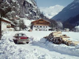 Прикрепленное изображение: Opel-Period-Photos-of-Winter-1960-1963-Opel-Rekord-P2-1-1920x1440.jpg