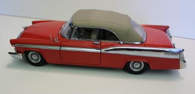 Прикрепленное изображение: 1956 Chrysler St. Regis red conv.png