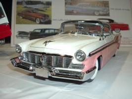 Прикрепленное изображение: 1956 Chrysler St. Regis pink white.png