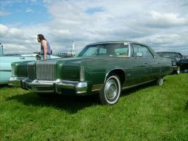 Прикрепленное изображение: 1976_Chrysler_New_Yorker.jpg