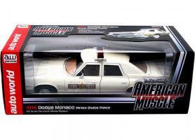 Прикрепленное изображение: AMM1019_BOX-1974-Dodge-Monaco-118-AW.jpg