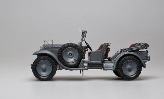 Прикрепленное изображение: Typ Stuttgart 260 Kuebelwagen W11 III 1934-1935 AGM (2).jpg