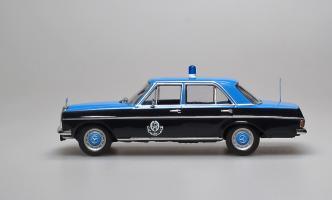Прикрепленное изображение: 220D Police Quatar W114 1967-1976 Altaya (2).jpg