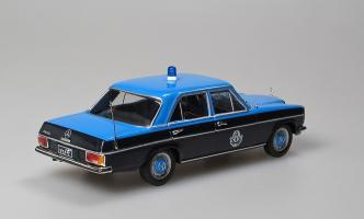 Прикрепленное изображение: 220D Police Quatar W114 1967-1976 Altaya (1).jpg