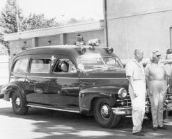 Прикрепленное изображение: DFVAC_1948_Cadillac_Miller_Meteor_front_passenger_quarter.jpg