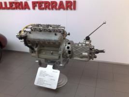 Прикрепленное изображение: Ferrari_125_S_Engine.jpg