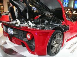 Прикрепленное изображение: 0610_z+pininfarina_P45_ferrari_612_scaglietti+engine_compartment.jpg