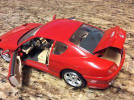 Прикрепленное изображение: Bburago-1992-Red-Fer23rari-456-GT-1-18-red-_57.jpg