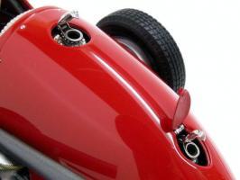 Прикрепленное изображение: Ferrari500F2195320.jpg