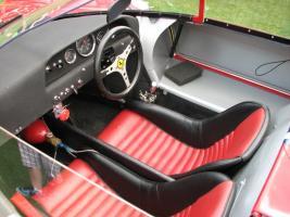 Прикрепленное изображение: 1965-Ferrari-365-P2-Spyder-Drogo-3.jpg