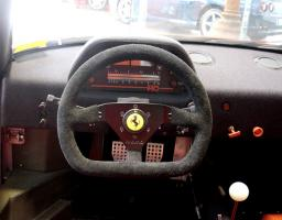 Прикрепленное изображение: Ferrari-F40-LM-Competizione8888-interior-digital-dash-closeup-wheel-Serial-Number-97881.jpg