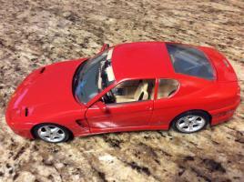 Прикрепленное изображение: Bburago-1992-Red-Ferrari-456-GT-1-18-red.jpg