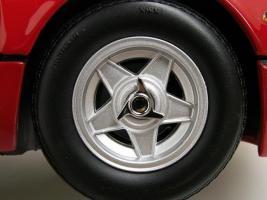 Прикрепленное изображение: Ferrari512BBi198112.jpg