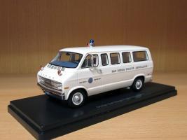 Прикрепленное изображение: Dodge Tradesman '72 San Diego Police Ambulance.jpg