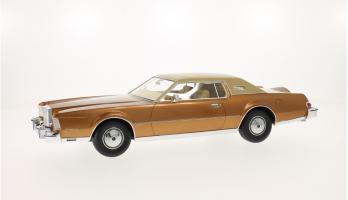 Прикрепленное изображение: 1974 Lincoln Mark IV 1.png