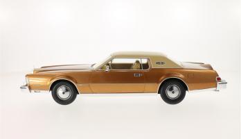Прикрепленное изображение: 1974 Lincoln Mark IV 5.jpg