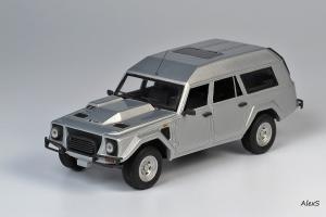 Прикрепленное изображение: Lamborghini LM002 Estate TMT Models.jpg